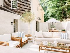 Who's ready to be outside?? This beautiful courtyard could be yours..... #projecttyneblvd will be available to purchase in May!  @lesleemitchell #nashvillerealestate #courtyard @michaelsohrnashvilleliving