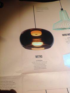 Lampen kunnen je woonkamer een aangename sfeer geven. Deze moderne ...
