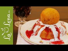 lalena.ro: Rețetă VIDEO - Papanasi Ice Cream, Bread, Cookies, Breakfast, Desserts, Food, Youtube, Cooking Recipes, Deserts