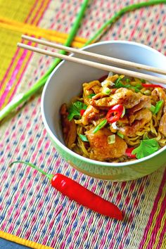 Thai Red Curry, Food And Drink, Meat, Chicken, Ethnic Recipes, Koti, Cubs