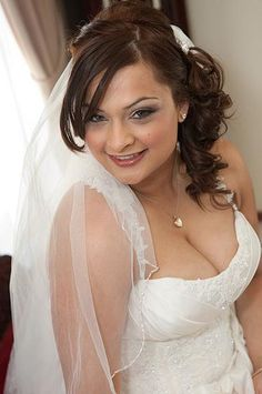 Anna Poshe Mobile Wedding Hair And Makeup Weddings Visit Www Facebook Annaposhebrides For More Beauty Ideas Or Co