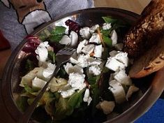 Rychlý salát s kozím sýrem Grains, Rice, Food, Red Peppers, Essen, Meals, Seeds, Yemek, Laughter