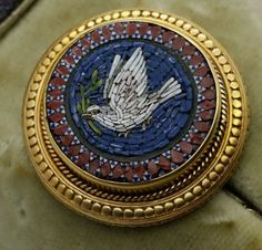 Antique Victorian, Italian Micro Mosaic 15ct Gold Pin Brooch Dove of Peace.UK