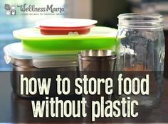 It can be hard to find fridge and freezer options to store food without plastic. We use glass, silicon, metal and paper for fridge and freezer safe storage. (Ingredients To Avoid Grocery Store) Baby Food Storage, Glass Food Storage, Food Storage Containers, Safe Storage, Storage Ideas, Kitchen Storage, Produce Storage, Storage Hacks, Kitchen Items