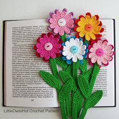 Ravelry: 068 Gerber Flower Bookmark pattern by LittleOwlsHut