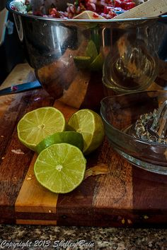 cut a couple of limes Making Salsa, How To Make Salsa, Limes, Serving Bowls, Couple, Fruit, Tableware, Food, Dinnerware