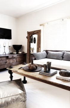10 Beautiful Rooms – Mad About The House