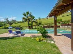 Der Pool sorgt für Abkühlung und Laune - Villa Carassai Ferienhaus in Carassai (Marken), Italien