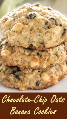 Chewy and crispy - together in one cookie Delicious and easy-to make Chocolate-Chip Oats Banana Cookies.  http://www.winnish.net/2014/07/4294/