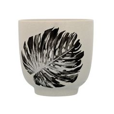 Bloomingville Ceramic Sooji Cup with Palm Print, Multicolor Coffee To Go Becher, Boutique Camping, Grey Cup, Latte Cups, Homewares Online, Palm Print, Ceramic Cups, Living Furniture, Leaf Prints