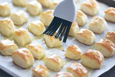 Two Ingredient Dough Pretzel Bites are EASY to make. No yeast and no waiting for dough to rise. Just mix dough, cut, dip in baking soda water and bake! Finger Food Appetizers, Appetizer Recipes, Snack Recipes, Dessert Recipes, Desserts, Homemade Pretzels, Pretzels Recipe, Ww Recipes, Cookie Recipes