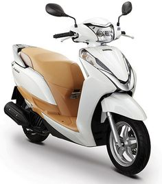"Motorcycle News ""Honda Announces The New Scooter In Vietnam"" - Honda Vietnam Co., Ltd in Hannoi, announced on March the release of the a new liquid-cooled single-cylinder scooter Best Electric Scooter, Best Scooter, Scooter Motorcycle, Motorcycle News, Scooter Girl, Honda Scooters, Honda Bikes, Motor Scooters, Honda Motorcycles"