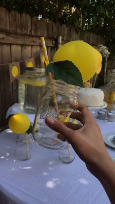 Want to add a pop of color to your summer tablescape? These mini lemon balloons are seriously easy peasy lemon squeezy. We created lemon balloon straws to decorate summertime refreshments (cough, lemo Diy Birthday Decorations, Yellow Party Decorations, Party Themes, Mini Balloons, Yellow Balloons, Yellow Birthday, Baby Birthday, Graduation Leis, Graduation Presents