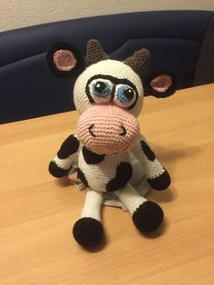 This wonderful cow was made by Ruth Goetschi-Lüthi using Lovely Baby Gift pattern http://www.ravelry.com/patterns/library/cow-amigurumi-3