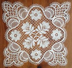 Online shopping from a great selection at Arts, Crafts & Sewing Store. Filet Crochet, Irish Crochet, Crochet Motif, Lace Doilies, Crochet Doilies, Crochet Lace, Bobbin Lace Patterns, Doily Patterns, Bordados E Cia