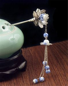 18.05$  Watch here - http://vimsi.justgood.pw/vig/item.php?t=9px3lc2144 - Kangkang@ Ancient Chinese Hair Accessory Dangling Hairpin 18.05$