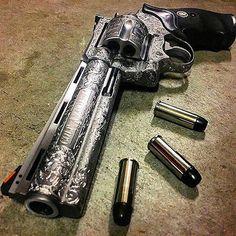 Sweet custom engraved colt anaconda .44. Nice looking revolver would look good on the range or in a gun fight. @illmanneredgunrunner707      #manstrav #manlife #manstuff #manlyshit #manliness #gunporn #revolver #customrevolver #craftmanship #engraved #colt #customgun #nicepic #nicegun #iwantthat #random #manly #mans #L4L