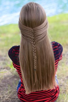 Mermaid Half Braid by Cute Girls Hairstyles. Create this simple unique three strand braid by simply picking up the strands differently! See tutorial here