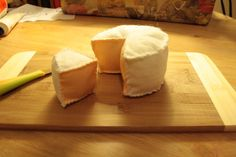 DIY Felt Brie Cheese #DIY #Sewing #Sew #Toys #FeltFood #PlayFood #Kids #Toddlers