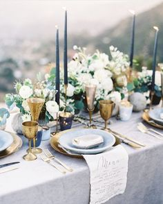 """1,399 Likes, 13 Comments - The Bridal Theory (@thebridaltheory) on Instagram: """"Obsessed with this blue toned tablescape seen on @latavolalinen! From @toastsantabarbara with…"""""""