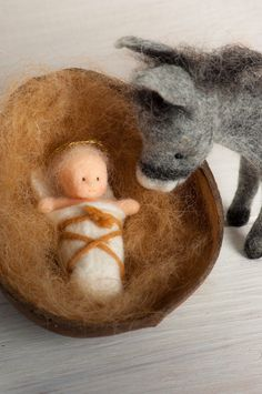 Ein Blogg über handgefertigte Puppen und Figuren, Handmade dolls and figures out of felt, wet felted,wool