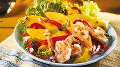 Salade de mangue et de crevettes à la coriandre | Recettes IGA | Barbecue, Fruits de mer, Recette rapide