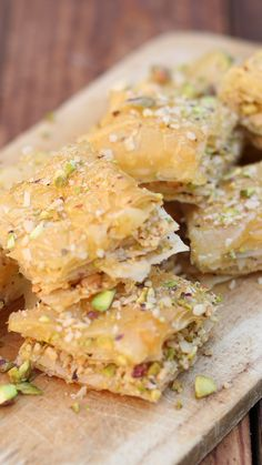 Sweet yet crisp, this classic Middle-Eastern dessert is a party pleaser sweets video Baklava Turkish Recipes, Greek Recipes, Indian Food Recipes, Vegetarian Recipes, Cooking Recipes, Middle Eastern Desserts, Middle Eastern Food, Egyptian Food, Egyptian Recipes