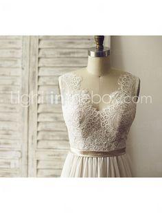 A-Linie Hochzeitskleid - Schick & Modern Farbige Brautkleider / Durchsichtig Hof Schleppe V-Ausschnitt Chiffon / Spitze mitSchärpe / Band 2016 - $129.99