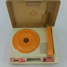 Vintage 1978 Fisher Price Record Player With Easy Carrying Case 5 Years and Up