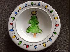 Assiette décorée avec de la peinture vitrail. www.toutpetitrien.ch/bricos/ - fleurysylvie