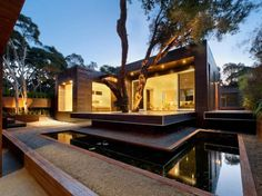 House in Blairgowrie, Australia. Architecturally stunning 5 bedroom home happily accommodating 13 people in comfort. Perfectly decked out for large family groups with spaces to keep everyone happy and entertained.  One of the most striking houses on the Mornington Peninsula, this...