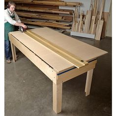 Triple-duty workstation Woodworking Plan, Workshop & Jigs, Jigs & Fixtures, Workshop & Jigs, Tool Bases & Stands