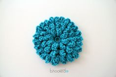 This is a really pretty flower. If you enjoy making flowers as embellishments for the hats and head bands you'll love this flower pattern. Popcorn Stitch Flower by B.hooked Crochet is super easy and super quick to make, even for an advanced beginner. It's really cute in one or more colors and also looks great …