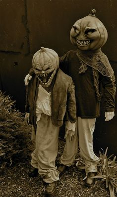 creepy wonderfull halloween costumes