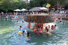 Parque das fonte piscina com sombra