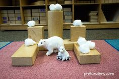 These winter block play ideas will transform your block center into a wintery, Arctic world, and spark the kids' imaginations. Sometimes you just need to change up your Block Center for something new Preschool Monthly Themes, Preschool Boards, Preschool Activities, Winter Activities, Block Center Preschool, Artic Animals, Block Area, Block Play, Toddler Fun