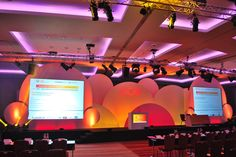Creative stage sets designed & implemented by Taylor Bennett Partners