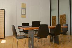 Japonská místnost slouží pro důležité meetingy a schůzky. Je uzpůsobená právě tak, aby podporovala soustředěnost na daný úkol. #Unifer #office #kancelar
