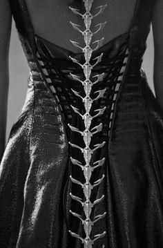 Hogan McLaughlin fall 2013, jewelry by Eero Hintsanen, photography Matt Lambert #raven queen