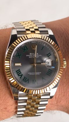 #rolex #rolexdatejust #datejust #menswatch #wimbledon #wimbledondial #twotonewatch #luxurywatch #wristroll #watchdaily Ladies Watches, Watches For Men, Gold Rolex Women, Cool Watches, Rolex Watches, Used Rolex, Buy Rolex, Swiss Luxury Watches, Wooden Door Design