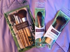 Ecotools' Make-up Brushes Best purchase in my recent Make-up haul at Walmart!  See what else I recommend!