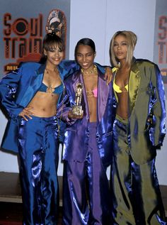 tlc outfits ~ tlc outfits + tlc + tlc say yes to the dress + tlc outfits + tlc group + tlc costume + tlc aesthetic + tlc outfits ideas 90s Girl Groups, Black Girl Groups, 2000s Fashion, Hip Hop Fashion, Crazy Fashion, Fashion Group, Tlc Costume, Zombie Costumes, Halloween Costumes