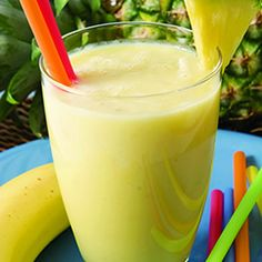2 tasses d'ananas frais coupé en cubes 1 c. à soupe de jus de citron frais 1 tasse de bébés épinards