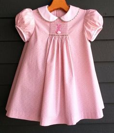 The Toddler Smocked Apron pattern by Collars, Etc. Pattern Co. in cotton print, … – Handwerk und Basteln Smocked Baby Dresses, Little Girl Dresses, Girls Dresses, Smocked Dresses For Toddlers, Smocking Baby, Smock Dress, Toddler Dress, Dress Patterns, Kids Outfits