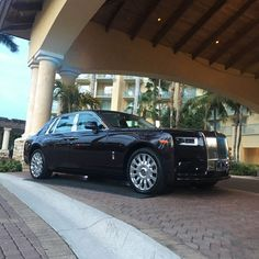 First New Rolls-Royce Phantom Auctioned Off For $780,000 - carscoops.com