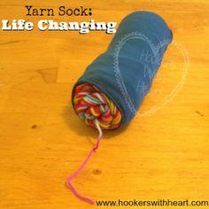 Keep center-pull yarn tangle free! Going to Walmart tomorrow for tights ! Crochet Stitches Patterns, Knitting Stitches, Knitting Yarn, Knitting Patterns, Knit Or Crochet, Learn To Crochet, Crochet Hooks, Crochet Organizer, Yarn Organization