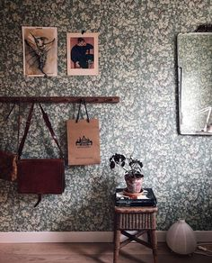 William Morris, Sweet Home, Gallery Wall, Dining, Living Room, Wallpaper, Frame, Inspiration, Interior