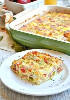 An easy, fast prep baked western omelet (Denver omelet) made with bell peppers, ham and cheese, so delicious and perfect for feeding a crowd. Healthy Egg Recipes, Brunch Recipes, Gourmet Recipes, Cooking Recipes, Healthy Dishes, Potato Recipes, Food Network Recipes, Breakfast Desayunos, Breakfast Dishes