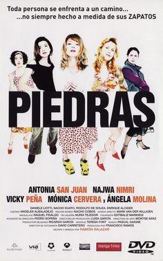 Cinco mujeres, con un zapato en la mano, recorren las calles de Madrid en busca de un príncipe azul; una mujer con pies planos que regenta un club, su hija que usa zapatillas deportivas, una señora rica de pies pequeños enamorada de su podólogo, una ex-diseñadora que siempre lleva zapatos de tacón y una taxista con babuchas. (Fuente: Filmaffinity)