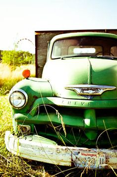 Vintage chevy truck - love these old trucks. Not sure what year this one is...60's? I'm thinking late 40s or early 50s.
